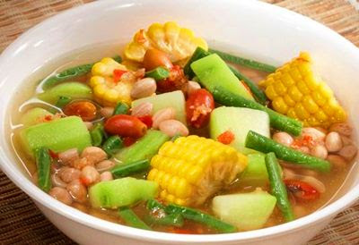indonesian-vegetables-in-tamarind-soup-sayur-asem